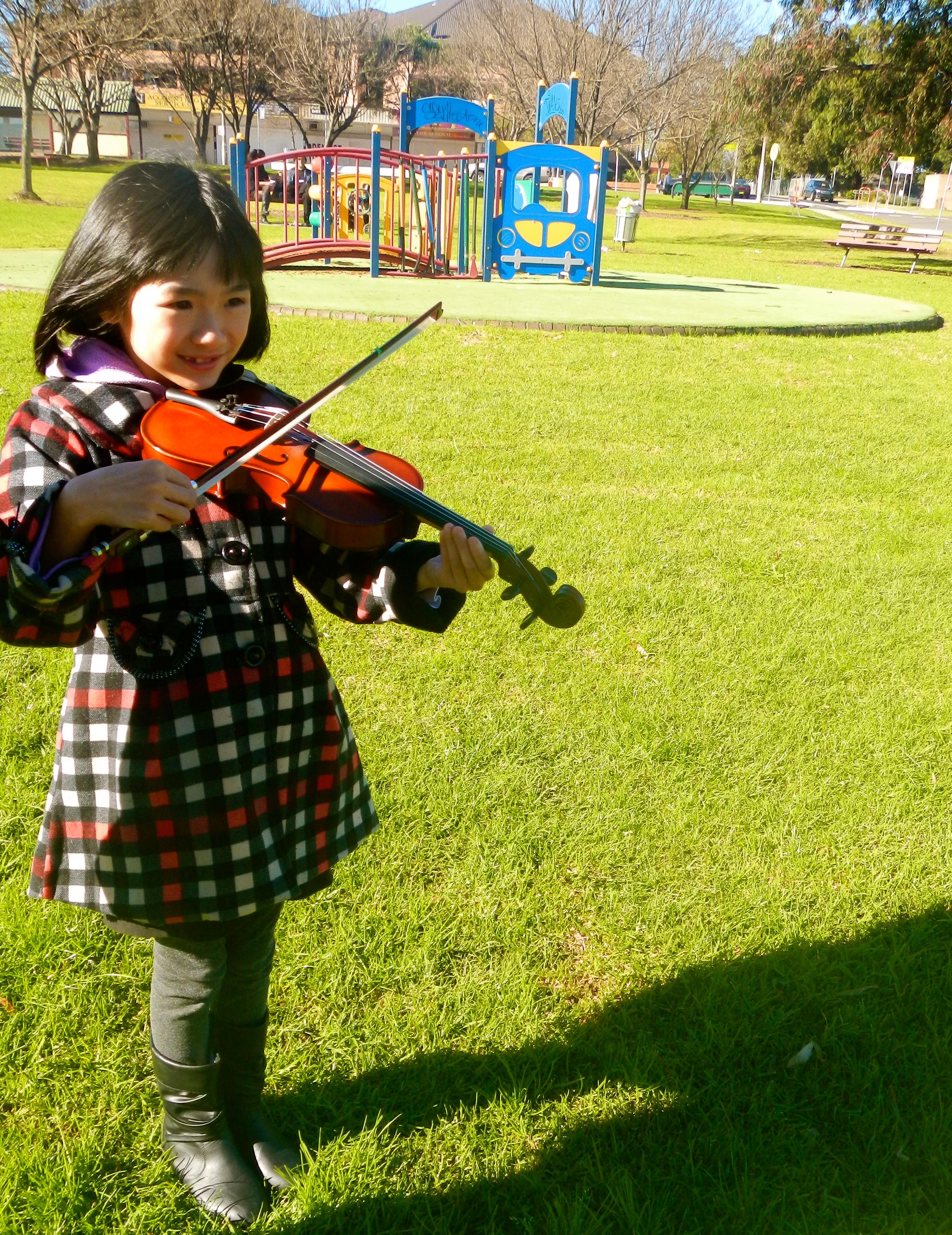 5 Datrisha on Violin